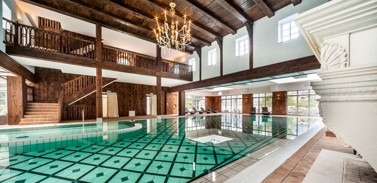 SPA at Staniszów Palace. Swimming pool and a place of relaxation.