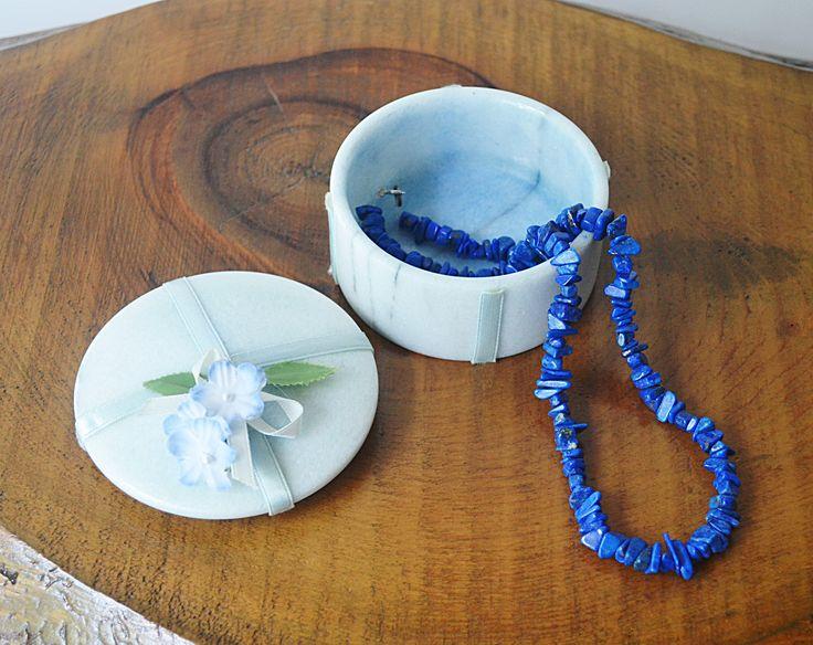 Marble Trinket Box With Lapis Lazuli Necklace, Vintage Jewelry Box, Chunk Lapis Necklace