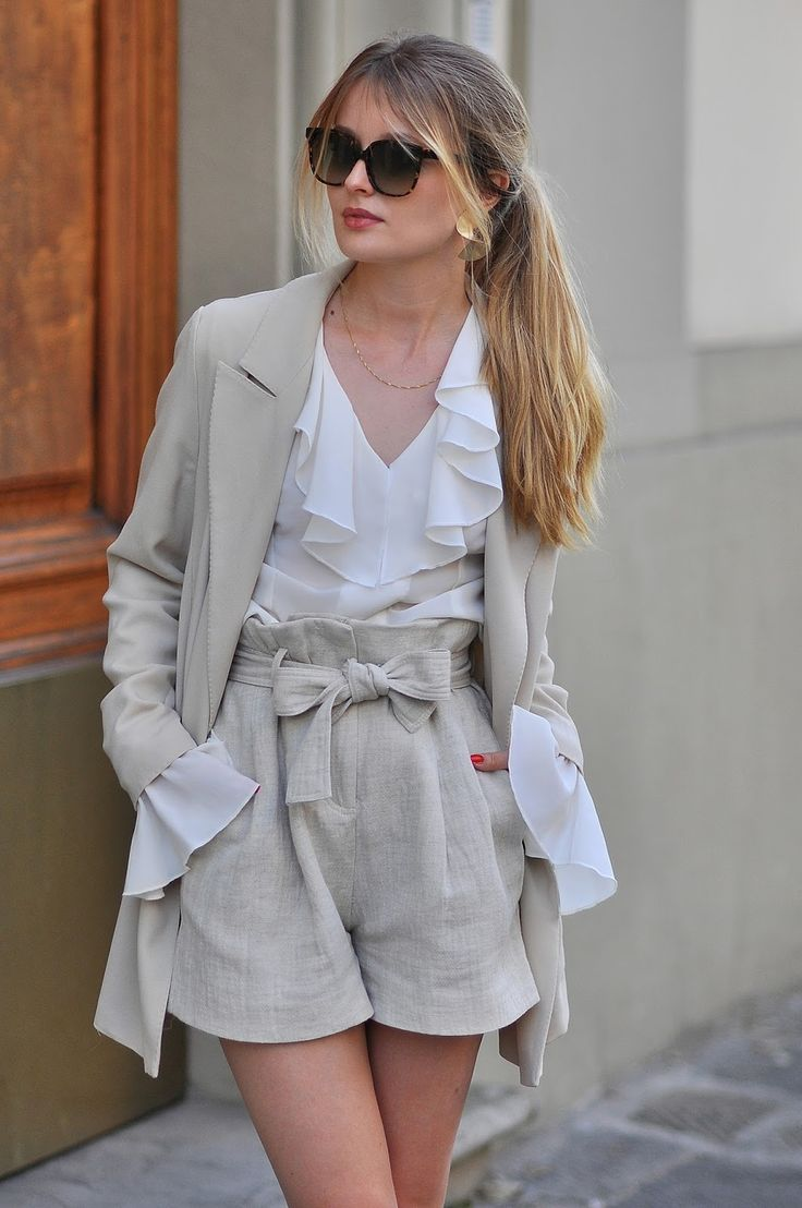 RUFFLE SHIRT | NUDE & WHITE: PATINESS