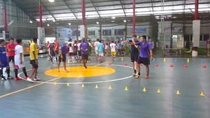 Coaching Clinic held at Pro Arena on the 24th of November 2013.  Teaching the public the secrets of how to create expert dribblers and complete ball mastery in every single player.  Nobody is left behind at SuperSkills Soccer.  We aim to empower every single participant at every level.  Self-Efficacy is our outcome.  Find a way to contact us today.
