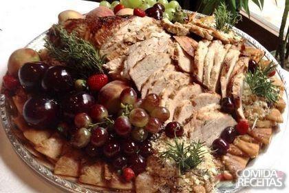 Receita de Pernil assado com farofa em receitas de carnes, veja essa e outras receitas aqui!