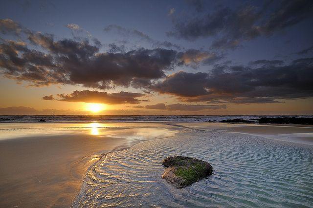 Coucher de soleil sur la plage de la Paracou #2 [ Les Sables d'Olonne ~ Vendée ~ France ] | Flickr - Photo Sharing!