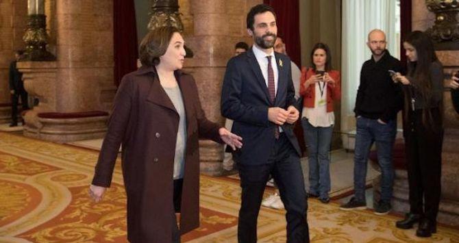 La alcaldesa de Barcelona, Ada Colau, ha justificado su desplante al Rey Felipe VI mañana en el recibimiento oficial a