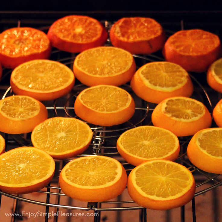 Best 20 dried orange slices ideas on pinterest xmas for Fruit orange decoration