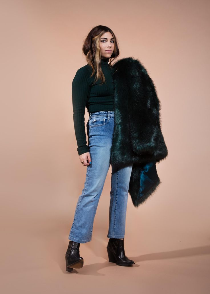 How To Wear Thrift Store Denim Like A Fashion Editor Stylecaster Stylechat Style
