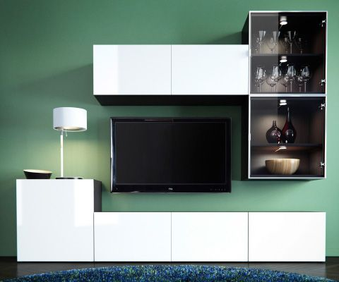 best tv meubel en mediaopberger met witte en vitrinedeuren witte tafellamp rond blauw. Black Bedroom Furniture Sets. Home Design Ideas