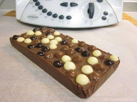Turrón chocolate y bolas de cereal con chocolate Thermomix