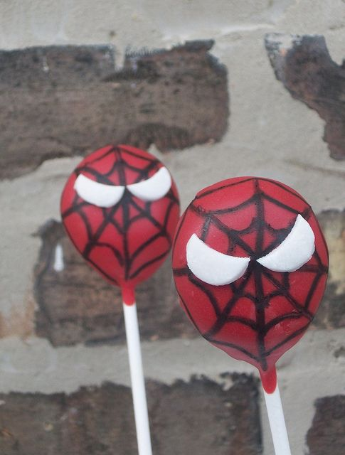 Spider-man cake pops - It's ok to bite his head off! ;-)