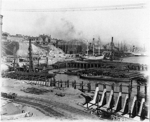 Millers Point Gasworks in Sydney under construction (year unknown).