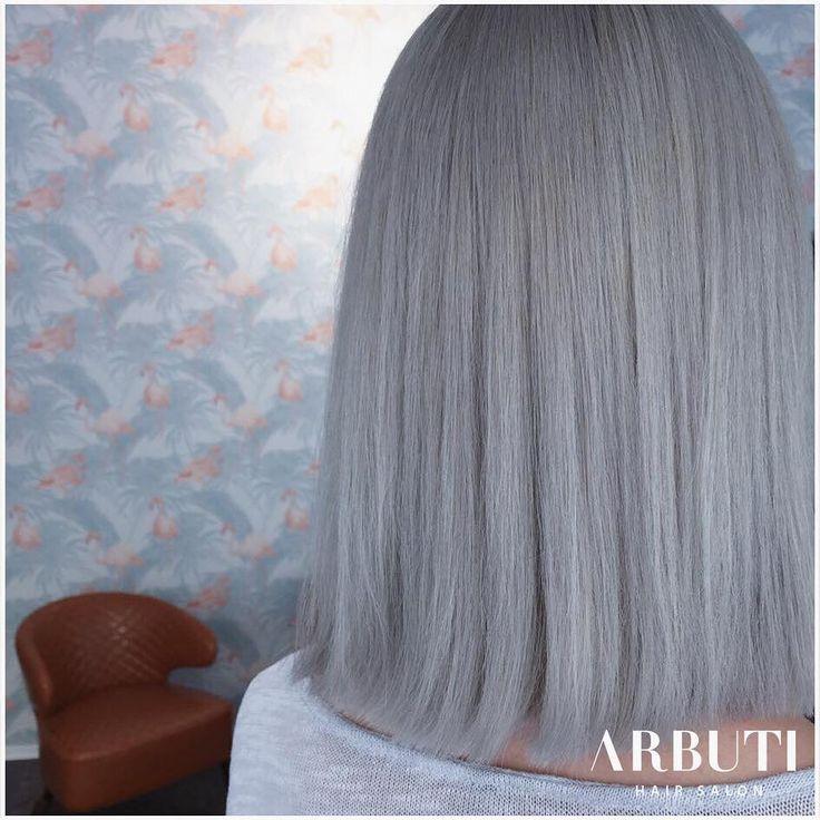 Arbuti Hair Salon München, Friseur München, Whitehair. Top Friseur München, Arbuti. #arbutihairsalon #greyhair #whitehair #friseur #hairdresser #friseurmünchen #greyhair