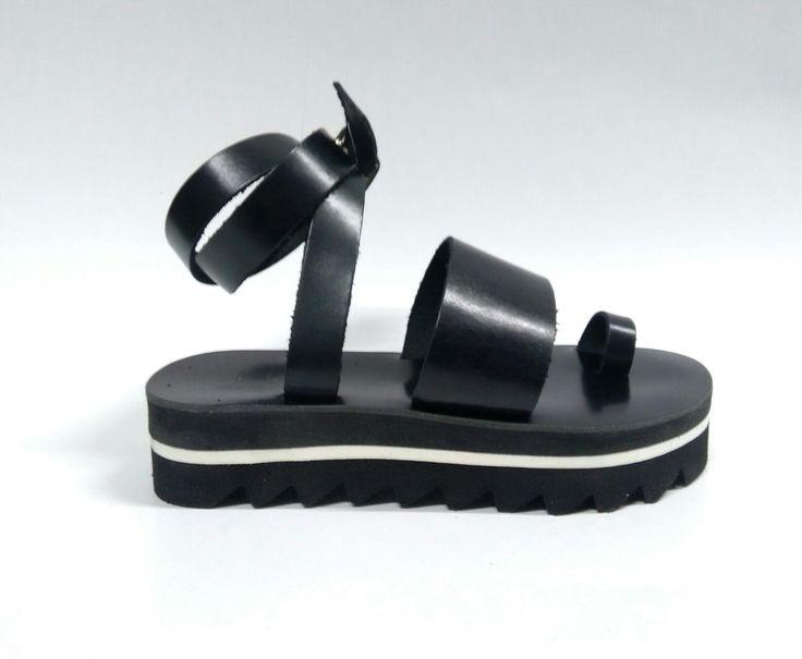 Medusa_Black Handcrafted leather sandals