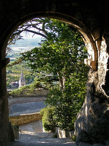 ~Bonnieux, Luberon - lovely village~Provence,France