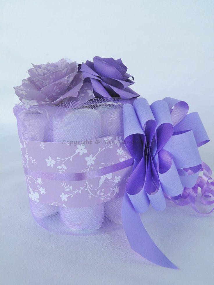 Mini torta di pannolini lilla e viola