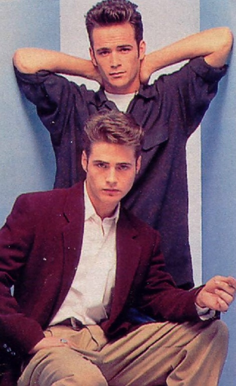 Jason Priestley and Luke Perry.. my boyz -- < Luke ... http://www.pinterest.com/pin/507710557966720312/ >