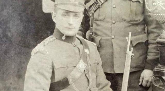 #HeyUnik  Tentara Ini Lolos dari Kematian Berkat Rokok #Kesehatan #Militer #Sejarah #YangUnikEmangAsyik