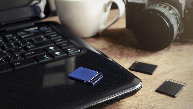 Cómo recuperar y formatear una tarjeta SD o microSD dañada -- 2016/12/08