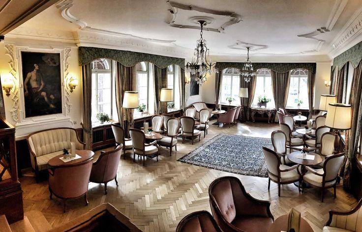 Салон Отеля Elephant Брессаноне  #италия #путешествия #отели #отели_в_италии #отдых_в_италии #туризм #блог #италия_отели