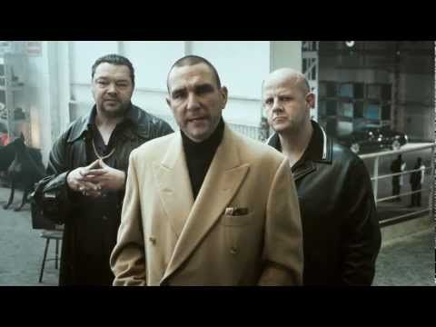 #Brilliant #infomercial with Vinnie Jones' hard and fast Hands-only CPR (funny short film) (full-length version)