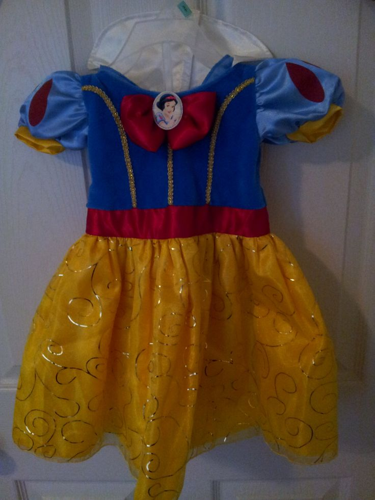 Snow White Dress, Halloween Costume, Snow Whte, Disney Princess, Snow White, Birthday Dress,Party Supplies, Centerpiece, Girls Party by ITSAPARTYEVENTS on Etsy