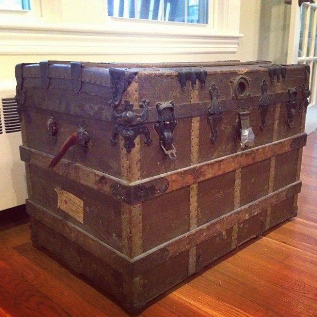 How to Restore an Old Steamer Trunk – Part 1 | DesignLively