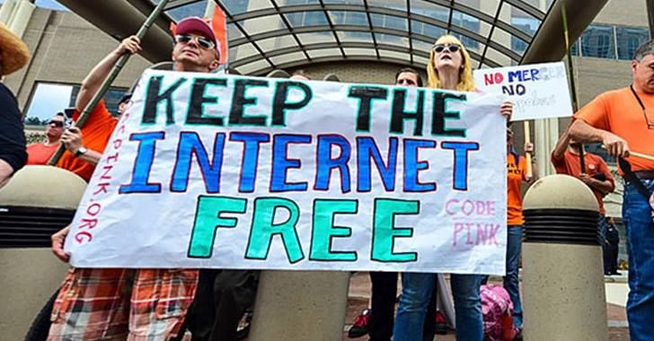 'Fight to Save the Internet' Takes to Streets as FCC Votes on Net Neutrality | Anti-Media