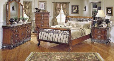 Warm Cherry Finish Traditional Sleigh Bed w/Iron Gold-Tone Frame