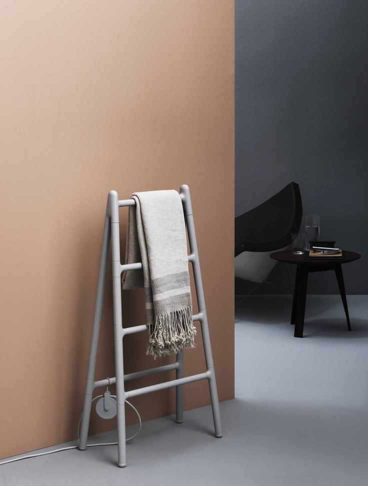Scaletta radiator by Elisa Giovannoni for Tubes