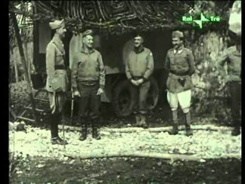 Re Umberto II intervistato dalla Rai nel 30°anniversario dell'esilio. II...