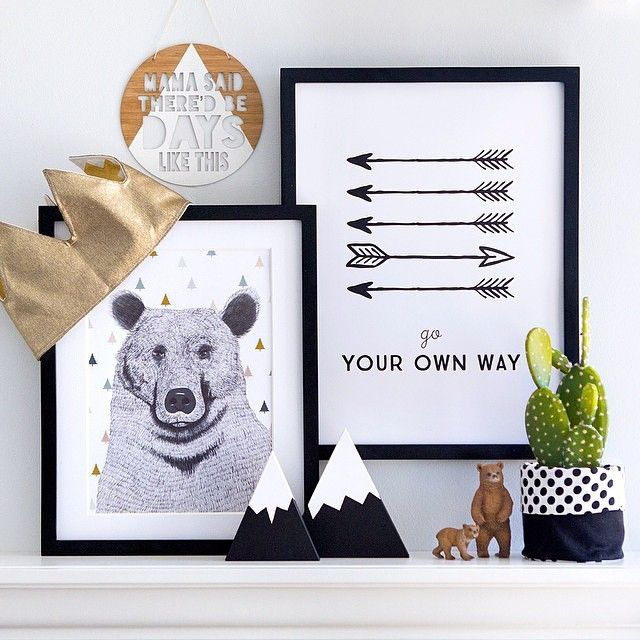 G R I Z Z L Y // We absolutely love when our customers style their goodies from us! This looks amazing @oh.eight.oh.nine // shop www.tleafcollections.com.au #minimelinsta #grizzlybear #bearprint #wallart #prints #homeinspo #design #interior #interiordesign #giftideas #brisbane #france #madeinfrance #tleafcollections