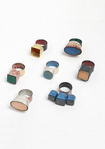 Beate Klockmann rings. Gold, copper, enamel, silver, niello.