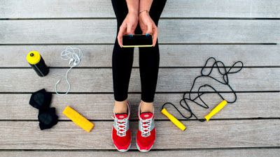 7 GYAKORI KIFOGÁS AZ EDZÉSRE - ÉS A MEGOLDÁS    Minden kezdet nehéz, főleg, amikor az egész életmódodat igyekszel megváltoztatni, új szokásokat készülsz kialakítani. Ide tartozik az is, amikor eldöntöd, hogy rendszeresen sportolni fogsz. Valamiért mégsem sikerül. Sokan rögtön kifogásokat keresnek. Már akkor a kibúvókat keresik, amikor elkezdenek gondolkodni rajta, hogy mikor, milyen gyakran, milyen edzéseket fognak csinálni...