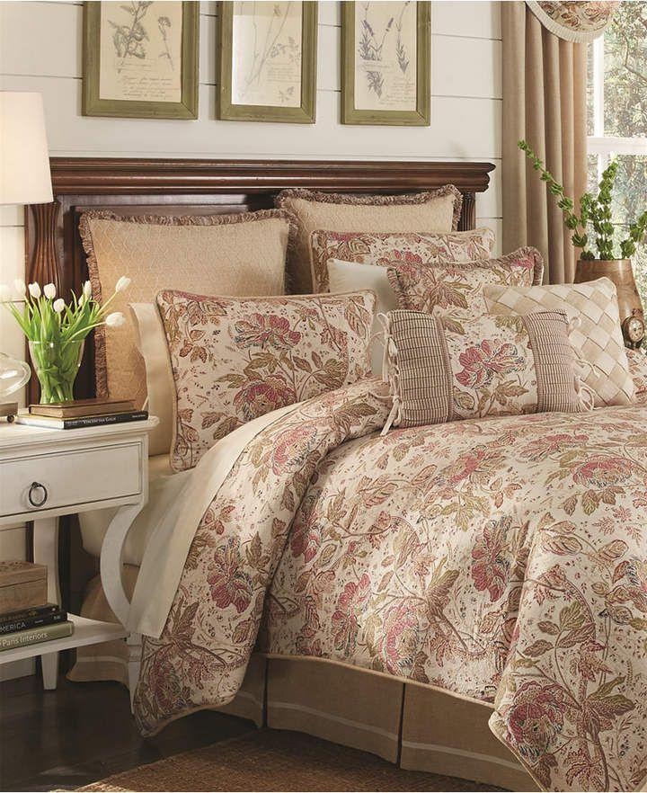 camille queen comforter set bedding cool flowers ground rh pinterest com