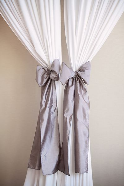 bows to tie back the curtains | Kristin Vining #wedding