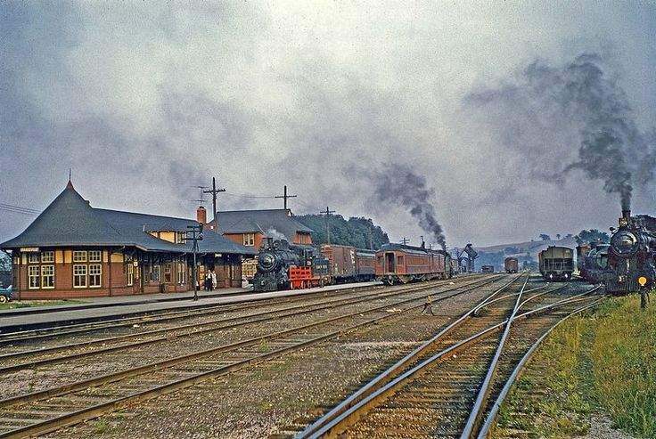 In this great scene from Orangeville, Ontario, Canada there are three different classes of Ten-Wheelers. At left is D6 526, facing away from camera is a D-10  and at right is D4 492