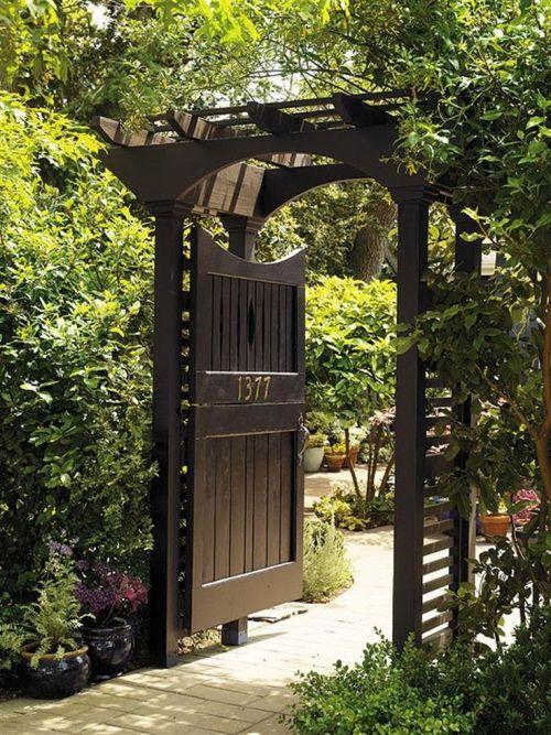 Portillon Jardin Porte En Bois Avec Auvent Tonnelles