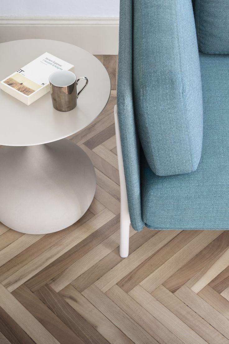 twelve armchair by PearsonLloyd + saen small table made of concrete  #aliasmood #aliasdesign #alias