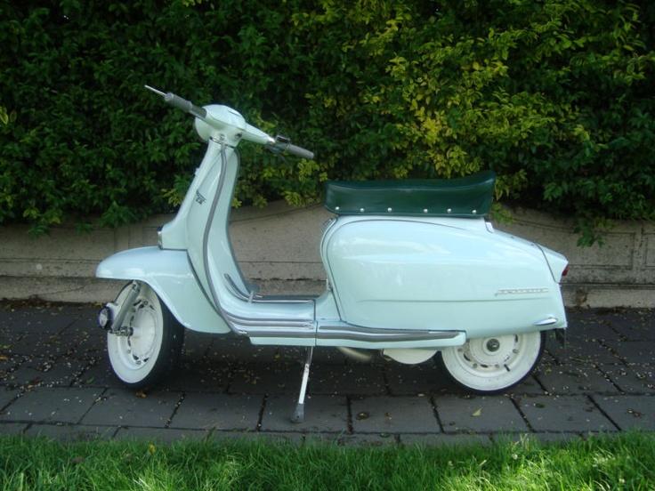 Lambretta LI125 (186) 1964 fully restored
