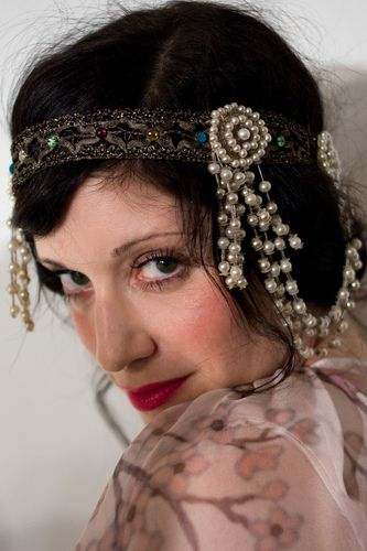 Vintage flapper headband (Sarah Sophie Flicker)