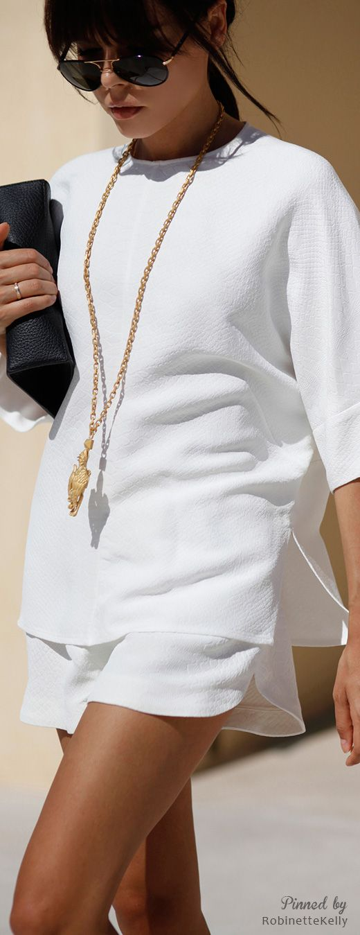 Gold on ALL White OUTFIT:   White Blouse + White Shorts/Skirt/or PANTS + GOLD Necklace and Jewelry!