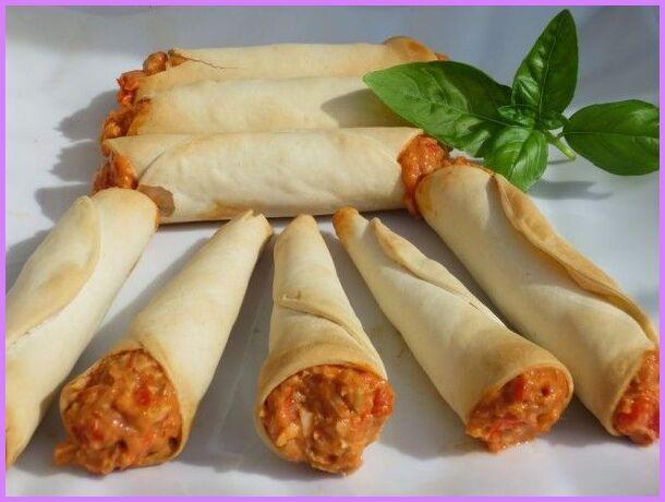 Cucuruchos O Cañas De Empanadilla Tradicional Juani De Ana Sevilla Recetas Thermomix Olla Gm In 2021 Food No Cook Appetizers Mexican Food Recipes