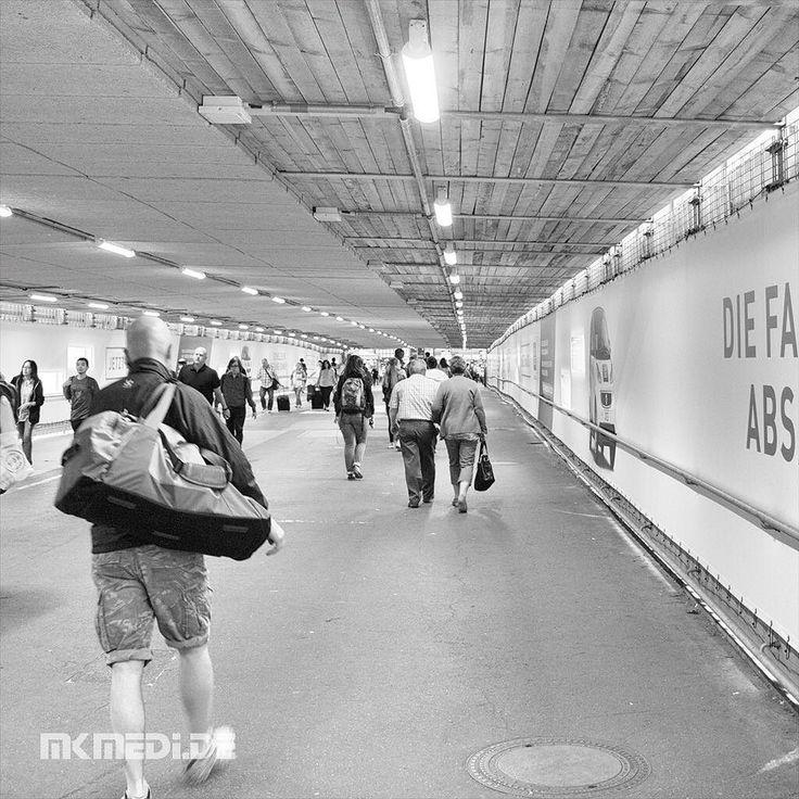 Markus Medinger Picture of the Day | Bild des Tages 20.07.2016 | www.mkmedi.de #mkmedi  #365picture #365DailyPicture #pictureoftheday #bilddestages #streetphotography  #instagood #photography #photo #art #photographer #exposure #composition #focus #capture #moment  #stuttgartlikeNY #nyfeelings #blackandwhite #schwarzweiss #mainstation #stuttgartlove #kesselstadt #urban  #hauptbahnhof  #stuttgart #badenwuerttemberg #germany #deutschland  @deinstuttgart @badenwuerttemberg @visitbawu…