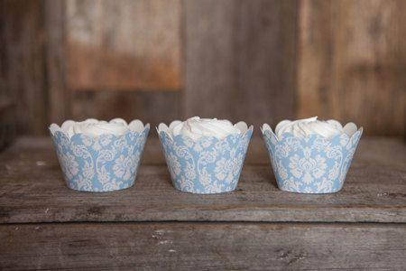 12 leichte blaue Damaris Cupcake Wrappers  von getthepartystarted