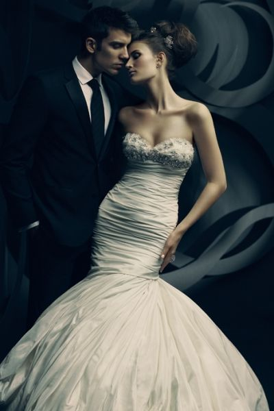 ines di santo wedding gown... I like the mood and toning of the image.