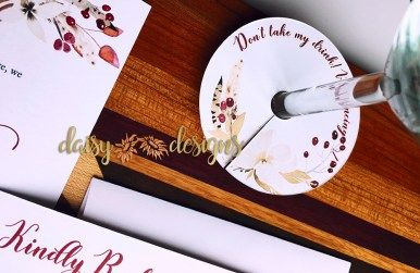 Cranberry and Cream wine glass tags; these can be customized with your message or guest name