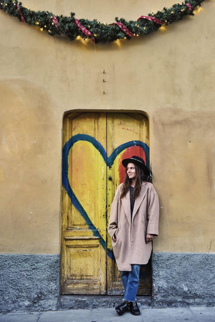 Christmas love! ❤️ #myurbandrops #girl #style #fashion #winter #christmas #festive #christmasspirit #heart #love #milano #milan #italy