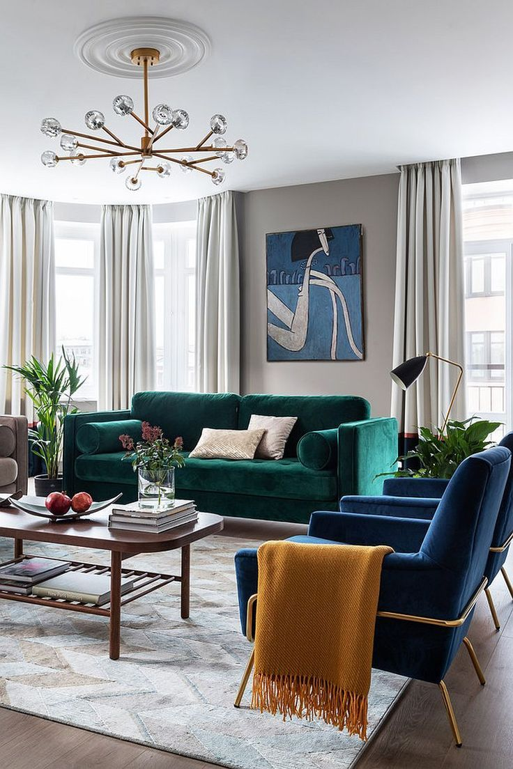 Bright Emerald Green And Navy Furniture For A Neutral Living Room With Ce Chic Living Room Decor Contemporary Living Room Design Contemporary Decor Living Room