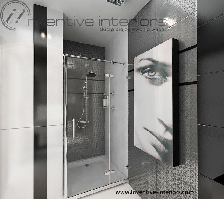 Projekt łazienki Inventive Interiors - mała łazienka z czernią, grafika na grzejniku