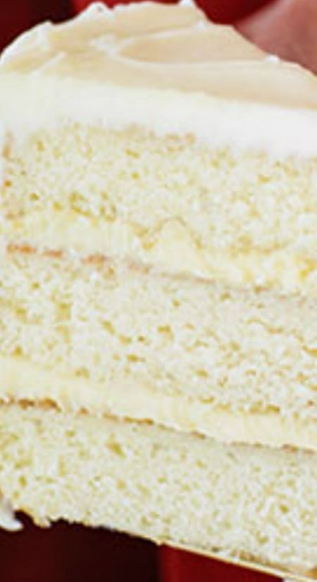 Ooey Gooey Butter Layer Cake Recipe ~ This butter layer cake recipe is a Paula Deen classic you'll make over and over.