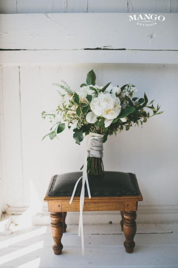 #weddings #idea #bouquet #flowers #white #green #ribbon #seat #wood #photography #mangostudios Photography by Mango Studios Florist: #MyBouquet