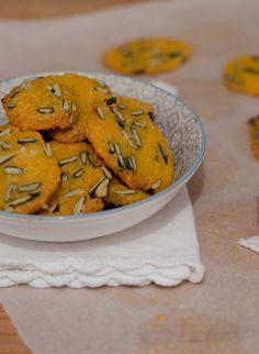 Biscuits apéro à la mimolette & aux graines de courge